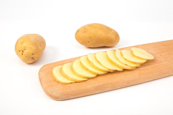 土豆变绿了还能吃吗